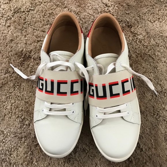 Gucci Other - Gucci stripe leather sneaker size 10